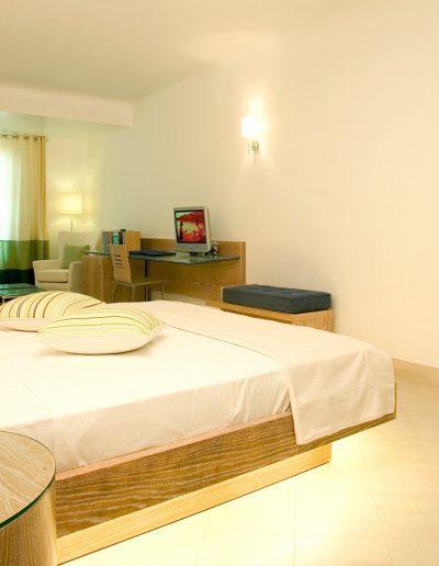 SK Wood - Hotel Room 3