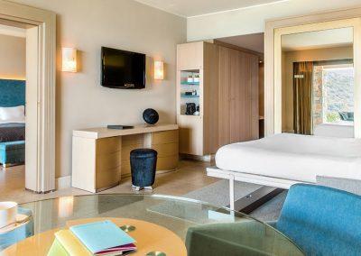 SK Wood - Hotel Room 5