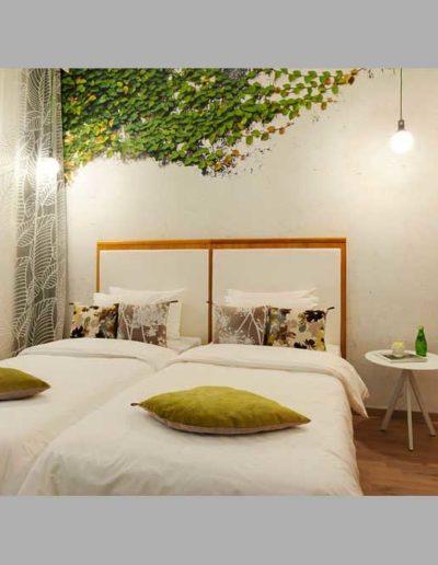 SK Wood - Hotel Room 8
